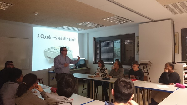 1 charla educ financiera_redimensionar
