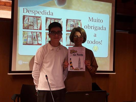escritora_portuguesa_2016_1201_aahlfh_redimensionar
