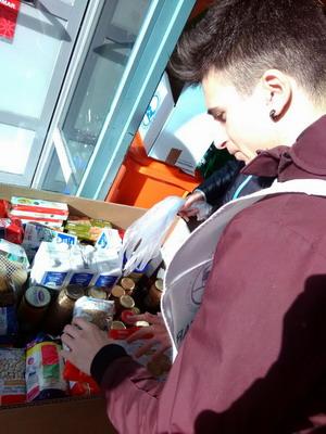 Jesuitinas con Banco Alimentos 2017_86_redimensionar